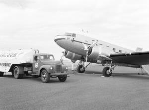TITLE: A65-123 being refuelled at Port Lincoln aerodrome CATEGORY: photograph FORMAT: b&w negative STATUS: preservation material